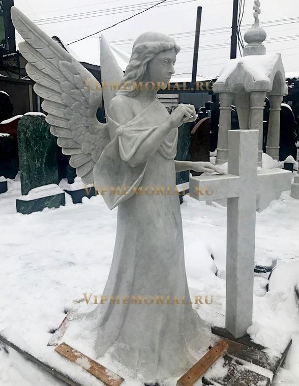 Памятники на могилу ангел самары ритуальные услуги надгробные памятники можга